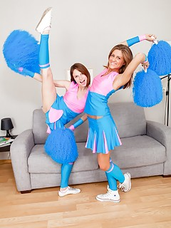 College Lesbians Pics